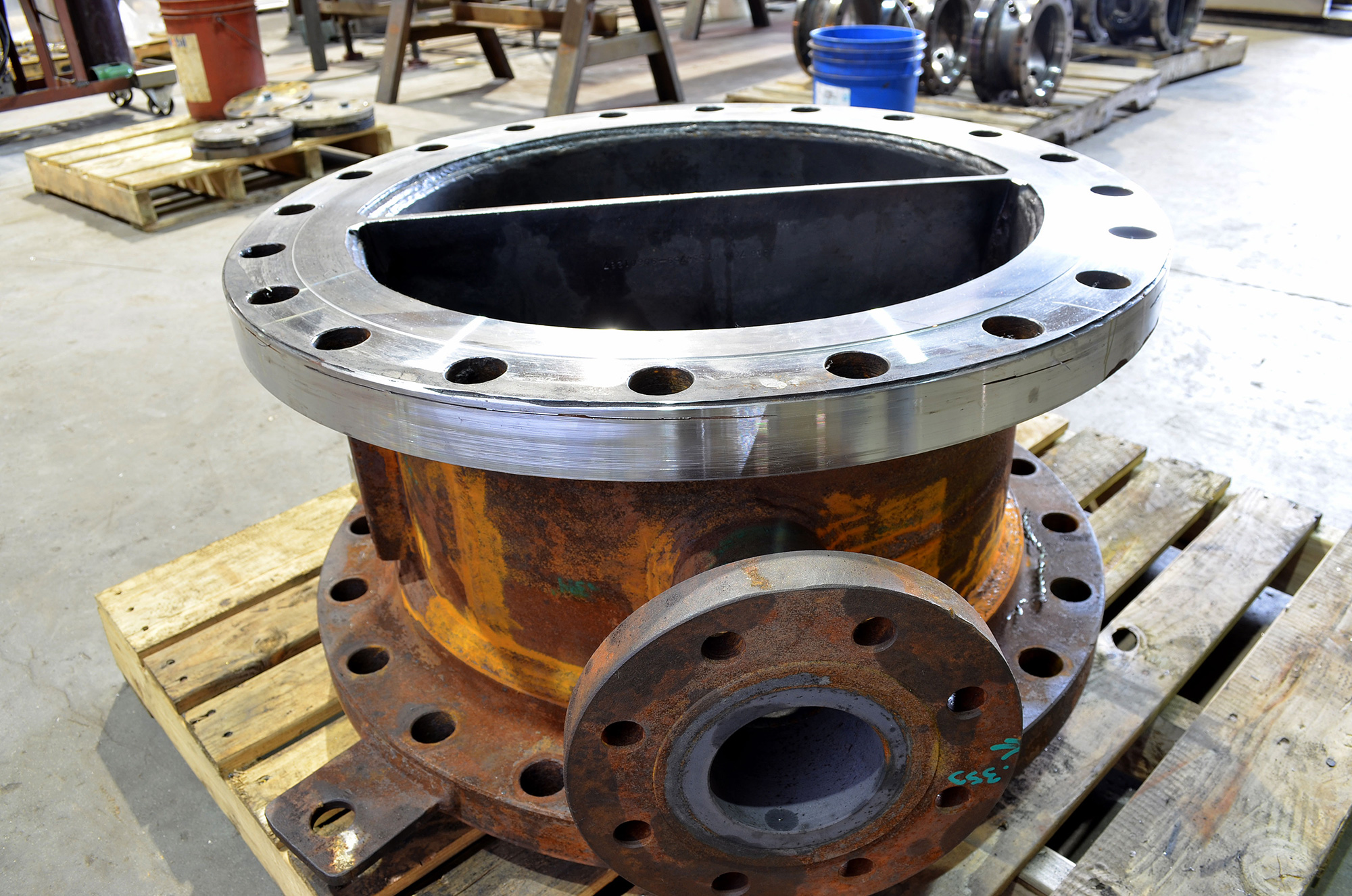 pipe flange engineered for ultra-high pressure application